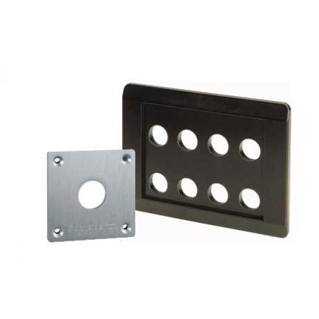 Montažna ploščica za krmilne naprave